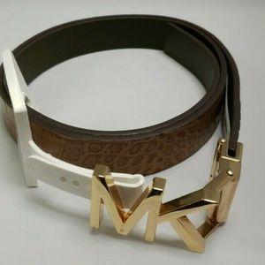 Michael Kors Reversible Twist Belt NWT